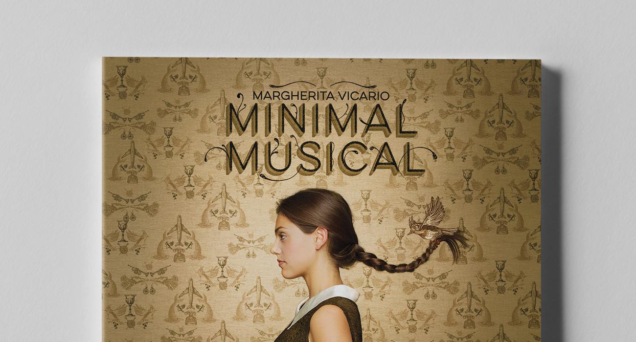 Dettaglio della copertina di Minimal Musical, il primo disco da solista della cantante e attrice Margherita Vicario