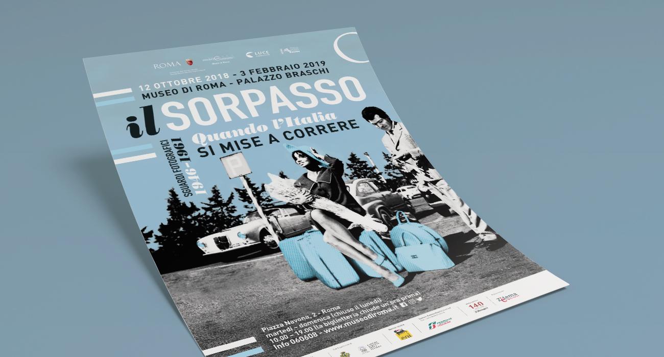 Manifesto per la mostra Il Sorpasso progettato e realizzato dallo studio di grafica Studio Polpo